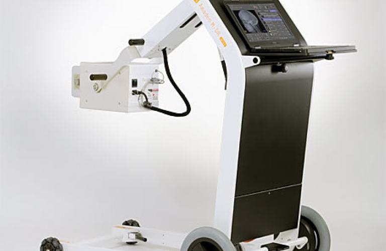 X-ray machine - portable and fully digital  X-ray system for first aid services, intensive care units