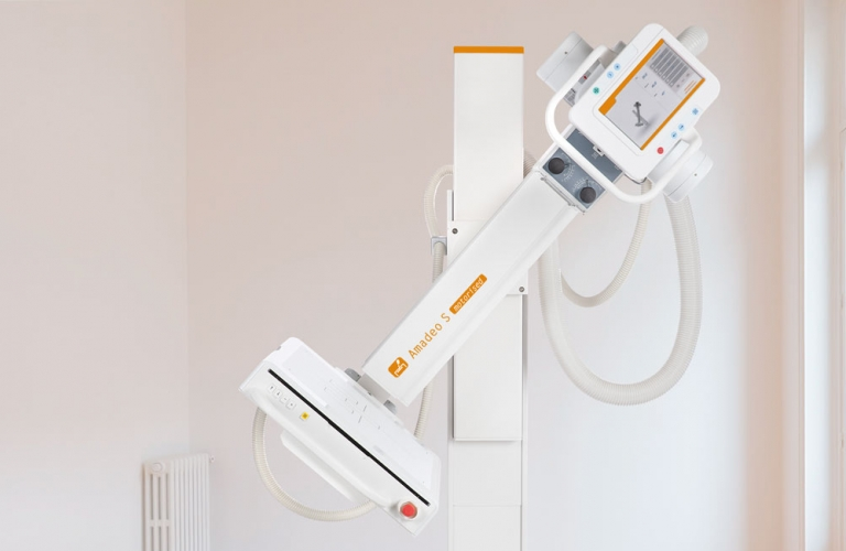 Motorized digital U-arm X-ray system